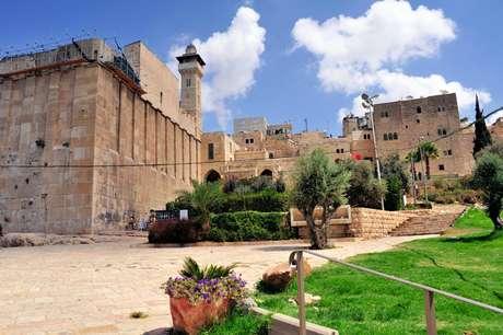 Unesco declara santuário de Hebron patrimônio palestino; Israel retira fundos da ONU