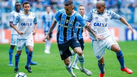 Grêmio de Luan não conseguiu transpor o Avaí de Capa e do goleiro Douglas (Foto: Lucas Uebel/Grêmio)