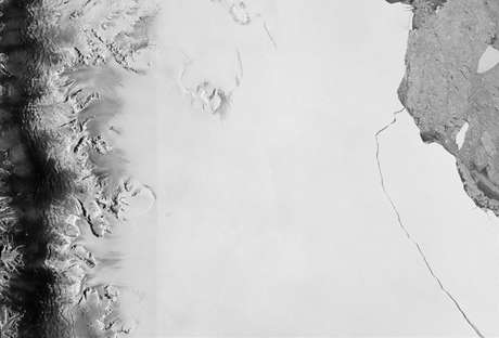 Placa de gelo se desprendeu na Antártida