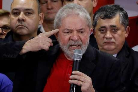 Lula falou para militantes e simpatizantes do PT na sede nacional do partido, em São Paulo