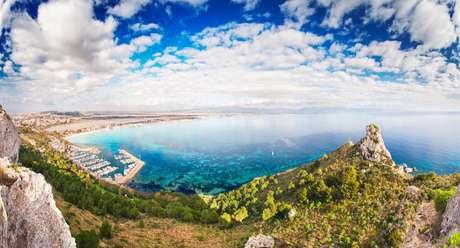 Se você gosta de lugares paradisíacos, precisa conhecer a estrada panorâmica de Sardenha!