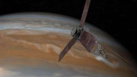 A sonda Juno partiu para Júpiter em 5 de agosto de 2011 e chegou à órbita do planeta em 5 de julho de 2016