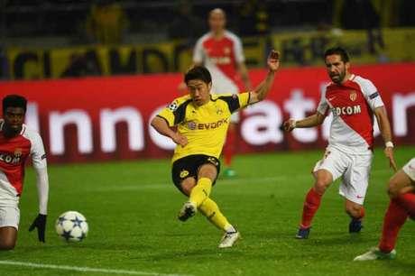 OFICIAL: Dortmund renova com Kagawa