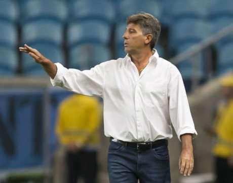 Renato Gaúcho no comando do Grêmio (foto: Jeferson Guareze/AGIF)