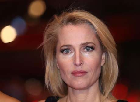 Atriz Gillian Anderson, cotada para viver Bond mulher nos cinemas 12/02/2017   REUTERS/Michele Tantussi