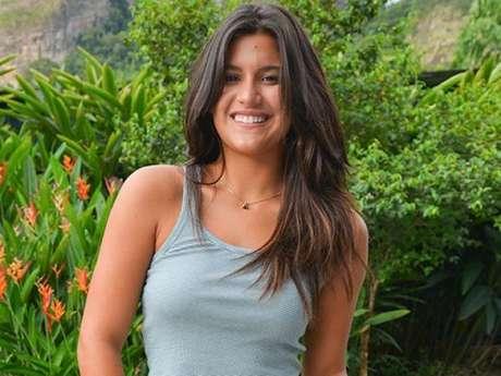 Giulia Costa se divertiu com pedido de casamento inusitado: 'Eles são muito engraçados aqui'