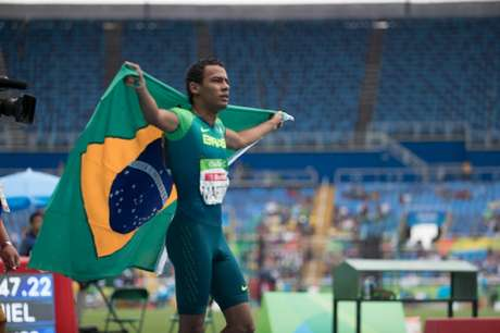 Brasil chega a quatro ouros no Mundial de Paratletismo