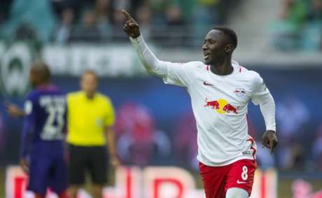 Keita estava na mira do Liverpool (Foto: Robert Michael / AFP)