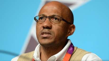 Fredericks ganhou quatro medalhas de prata nos 100m e nos 200m em Barcelona-1992 e Atlanta-1996.