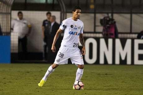 Lucas Veríssimo pode ser o próximo a ser vendido pelo Santos (Foto: Ivan Storti)