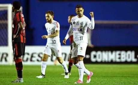 Kayke tem nove gols na temporada (Foto: HEULER ANDREY / AFP)
