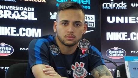 Maycon tem contrato até 2021 no Corinthians