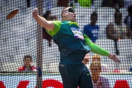 Alessandro é o atuak campeão paralímpico na prova