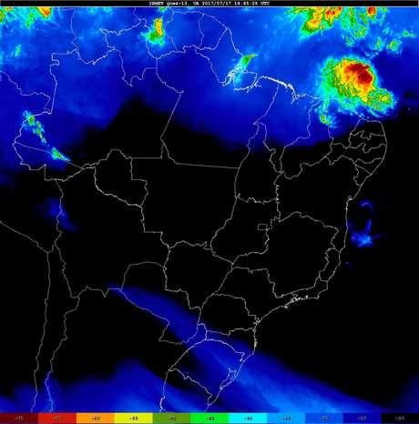 Imagem de satélite mostra o avanço da frente fria no Sul do Brasil