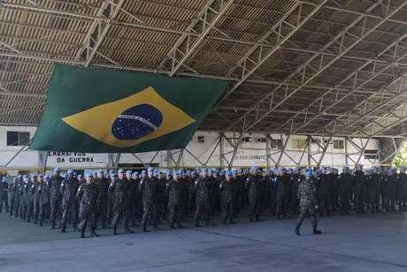 Desde 2004, quando foi escolhido para liderar a missão de estabilização formada por tropas de 16 países, o Brasil enviou ao país cerca de 37 mil militares