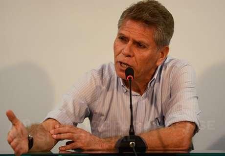 Após 10 dias, Autuori reassume cargo de gestor no Atlético-PR