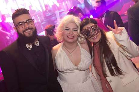 Henrique (da dupla com Juliano), Marília e Maiara (irmã de Maraisa)