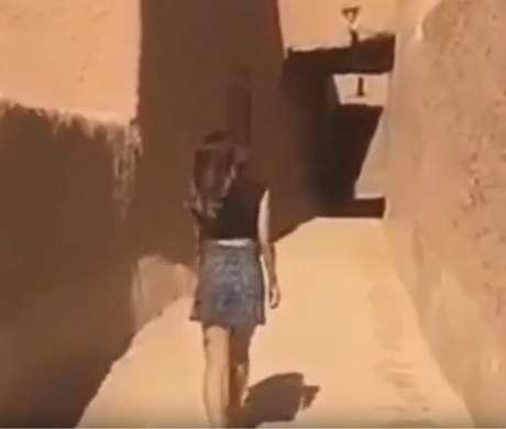 Mulher é presa por usar minissaia em rua da Arábia Saudita