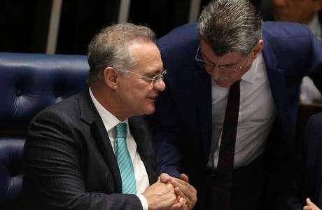 Senadores Renan Calheiros e Romero Jucá, do PMDB