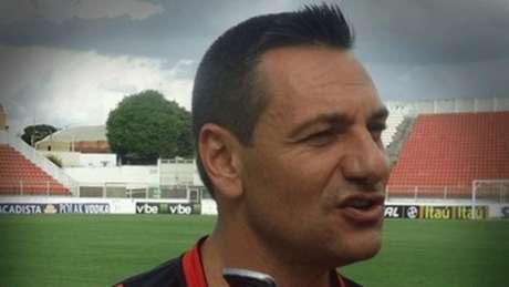 Doriva não tirou o Dragão da lanterna do Brasileirão (Divulgação Atlético-GO