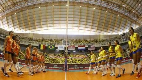 Seleção Brasileira luta pelo 12º título do Grand Prix Divulgação