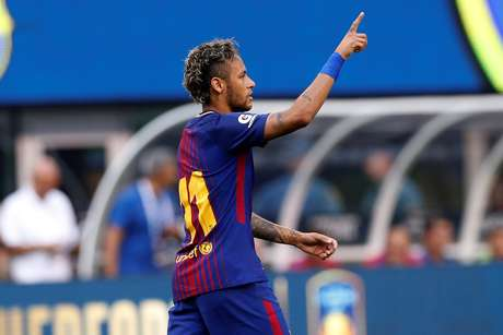 Hora do adeus? Neymar pode ser anunciado nesta terça-feira pelo PSG
