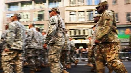 Trump barra transgêneros nas Forças Armadas