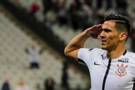 Balbuena comemora o seu gol