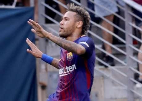 Neymar está com o Barça em pré-temporada