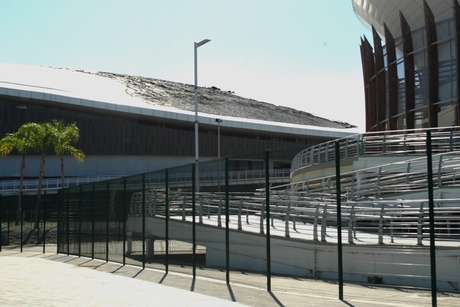 Incêndio no teto interdita o Velódromo do Parque Olímpico, na zona oeste do Rio de Janeiro