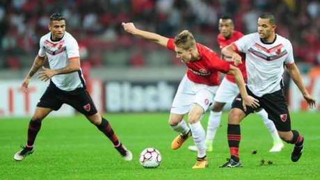 Na última rodada, o Internacional bateu o Oeste por 2 a 0, no Beira-Rio (Divulgação)