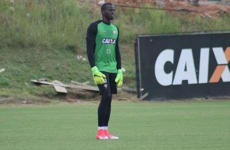 Caíque será o goleiro titular do Vitória contra a Ponte Preta (Foto:Maurícia da Matta / EC Vitória)