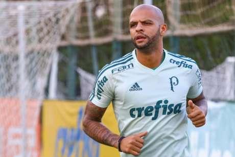 Após desentendimento com Cuca, Felipe Melo foi afastado do elenco do Palmeiras