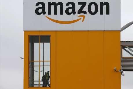 Centro de logística da Amazon em Lauwin-Planque, França 20/2/2017 REUTERS/Pascal Rossignol