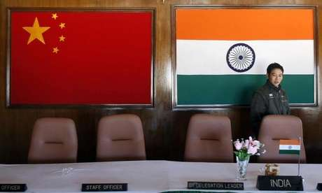 Sala de conferência usada para reuniões entre comandantes militares da China e da Índia, na fronteira entre os dois países 11/11/2009 REUTERS/Adnan Abidi/Files