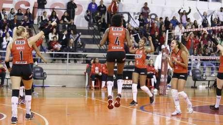 Vitória sobre Renata Valinhos/Country deu ao time paulista um lugar na elite (Divulgação)