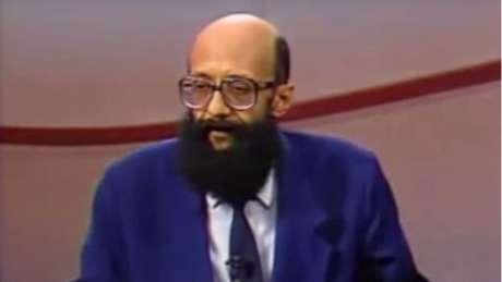 No programa 'Roda Viva', em 1994, Enéas criticou a ditadura militar por asfixiar a imprensa