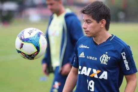 Clube soltou nota oficial sobre situação do meia argentino (Gilvan de Sousa/Flamengo)