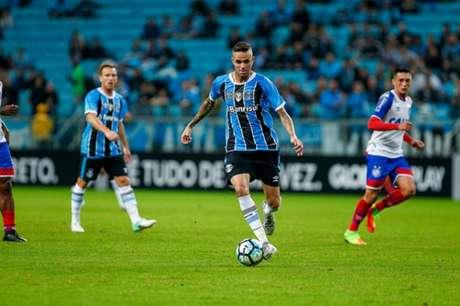 Luan está na mira de times do exterior, mas o Grêmio não vai facilitar a sua saída (Foto: Lucas Uebel/Grêmio)
