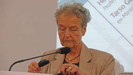A social-democrata Herta Däubler-Gmelin ocupou o cargo de ministra entre 1998 e 2002, no governo Gerhard Schröder