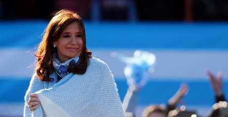 Ex-presidente argentina Cristina Kirchner durante comício em Buenos Aires 20/06/2017 REUTERS/Marcos Brindicci