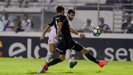 Em partida movimentada, Ponte e Flu empataram por 0 a 0 e fecharam o primeiro turno do Brasileirão - GUGA GERCHMANN/RAW IMAGE
