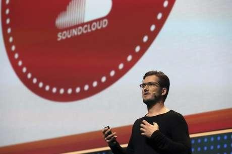 Fundador do SoundCloud, Alexander Ljung, durante conferência de tecnologia LeWeb na França 4/12/2012 REUTERS/Philippe Wojazer