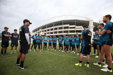 Elenco do Botafogo tem estado à prova nas três competições que disputa (Foto: Satiro Sodré/SSPress/Botafogo)