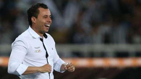 Renato encaminha time com reservas para encarar o Botafogo