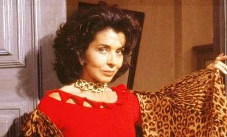 Em 'Tieta', de 1989, exibida atualmente no Canal Viva, a protagonista vivida por Betty Faria leva a TV para a atrasada cidade de Santana do Agreste e revoluciona a vida dos moradores