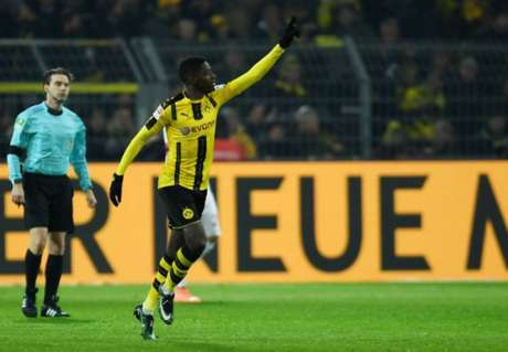 Dembélé pode sair do Borussia Dortmund (Foto: PATRIK STOLLARZ / AFP)