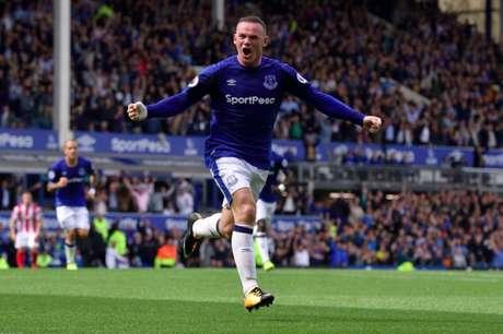 Rooney marca único gol da vitória do Everton (Foto: Divulgação)