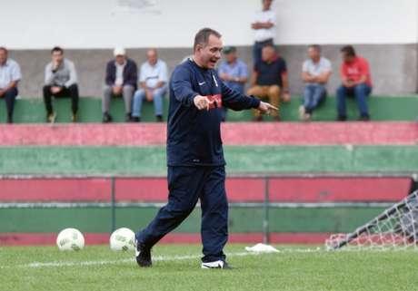 Portuguesa contrata PC Gusmão como novo treinador — Copa Paulista