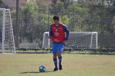 Gustavo acredita que vitória pode embalar o Avaí no segundo turno (Foto: André Palma Ribeiro / Divulgação / Avaí)